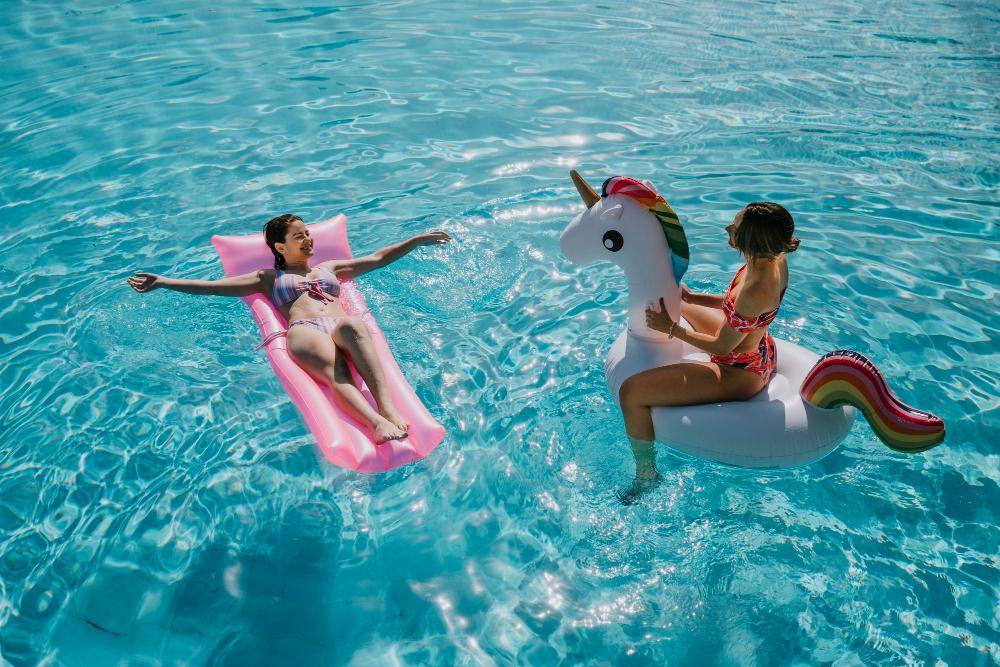 rilassarsi piscina gonfiabili