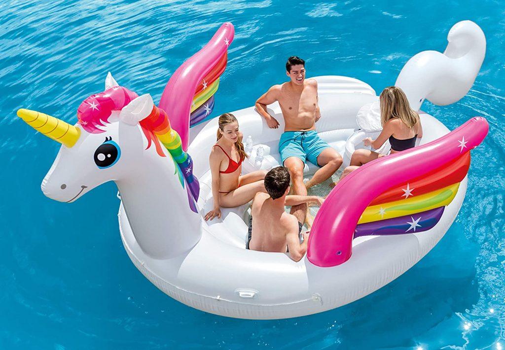 unicorno gonfiabile galleggiante
